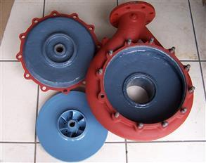 End suction pump internally lined