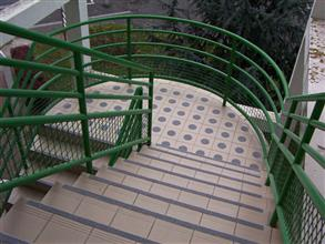 Complete safety system applied to the step nosings using Belzona 4411 (Granogrip)